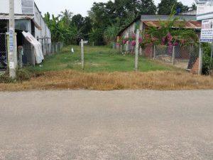 Chính chủ bán gấp 175m2 đất thổ cư Hưng Long-Qui Đức Bình Chánh, giá 930tr, gần UBND xã Qui Đức