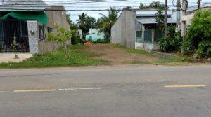 Cô Thanh cần bán 176m2 đất đường Bùi Văn Sự xã Qui Đức Bình Chánh-giá 1,1 tỷ SHR